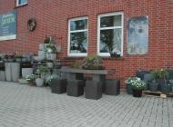 Blumenhaus Jannink Outdoorkeramik mit vielen Angeboten und Inspirationen