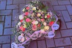 Individuelle-Trauergestecke-von-Blumen-Janning-Lingen-30