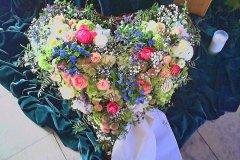 Individuelle-Trauergestecke-von-Blumen-Janning-Lingen-31
